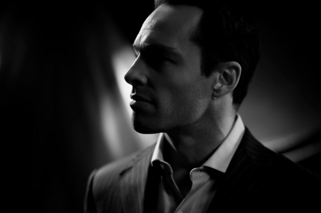 how-to-create-dramatic-black-and-white-portraits-new2